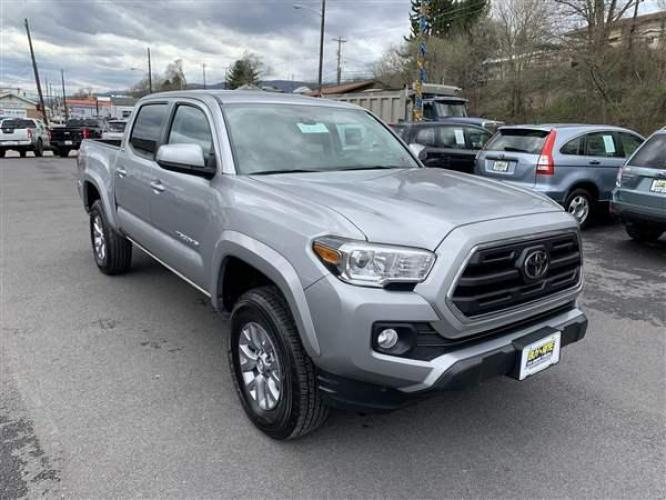 2019 SILVER TOYOTA TACOMA (5TFCZ5AN0KX) with an 6 engine, AT transmission, located at 353 S. Mineral St., Keyser, WV, 26726, (304) 788-7887, 39.436451, -78.981674 - Photo #0