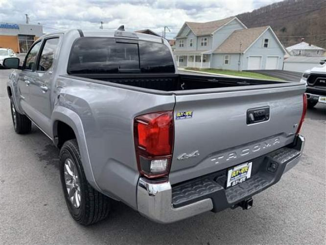 2019 SILVER TOYOTA TACOMA (5TFCZ5AN0KX) with an 6 engine, AT transmission, located at 353 S. Mineral St., Keyser, WV, 26726, (304) 788-7887, 39.436451, -78.981674 - Photo #10