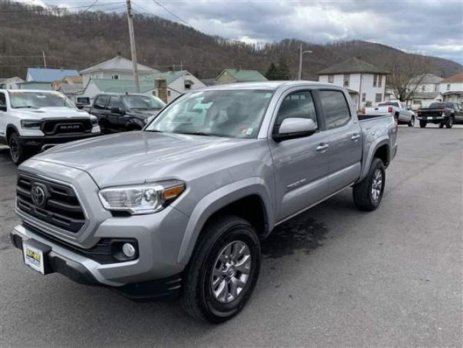 2019 SILVER TOYOTA TACOMA (5TFCZ5AN0KX) with an 6 engine, AT transmission, located at 353 S. Mineral St., Keyser, WV, 26726, (304) 788-7887, 39.436451, -78.981674 - Photo #3