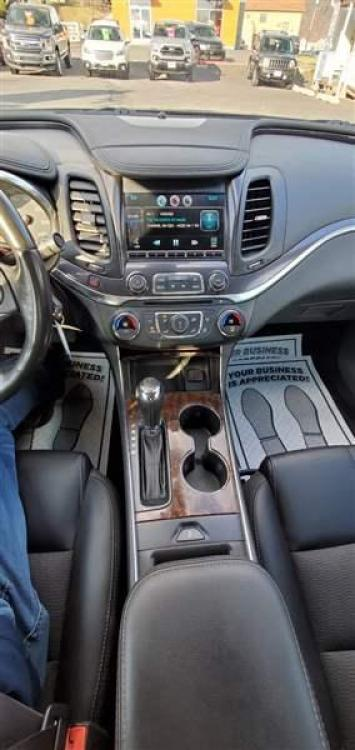 2014 BLUE CHEVROLET IMPALA (2G1125S36E9) with an 6 engine, AT transmission, located at 353 S. Mineral St., Keyser, WV, 26726, (304) 788-7887, 39.436451, -78.981674 - Photo #5